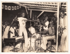 COMPLEX SOUNDS 1977 @ TALK OF THE TOWN HOTEL TEMA_C